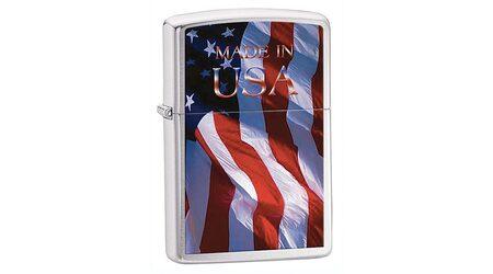 купите Зажигалка Zippo 24797 Made in USA Flag Brushed Chrome (крупнозернистая шлифовка хрома, рисунок флага США, надпись) в Москве