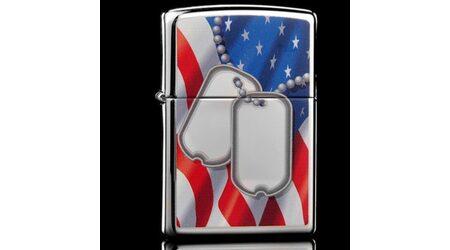 купите Зажигалка Zippo 28291 Flag And Dog Tags High Polish Chrome (зеркальный хром, рисунок армейских жетонов на фоне флага США) в Москве