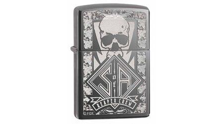 купите Зажигалка Zippo 28757 Sons of Anarchy Reaper Crew Black Ice (тонированный цирконием зеркальный хром, гравировка черепа) в Москве